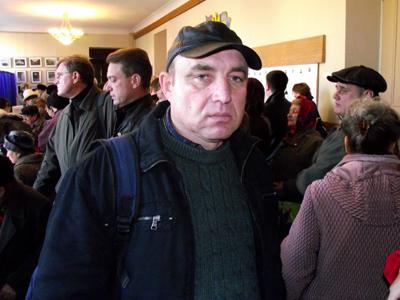 Леонид Хмелевский
