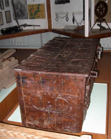 Сундук в  краеведческом музее
