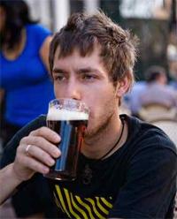 Самый главный деликатес студентов — пиво.