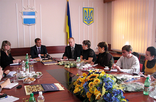 16 ноября Олег Бабаев провел первую пресс-конференцию для журналистов