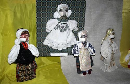 Ляльки-мотанки