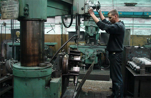 Турбомеханічному заводу потрібні кадри