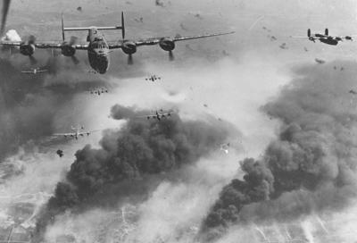 Бомбардировщики B-24 Liberator над Румынией