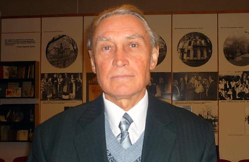 Володимир Мирний