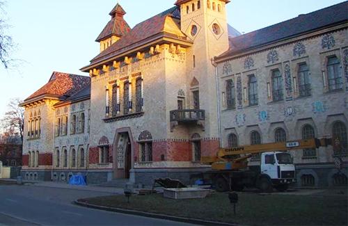 Руйнацію краєзнавчого музею відстрочено