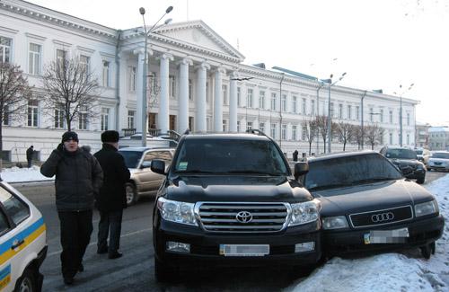 ДТП напротив входа в Полтавский горсовет