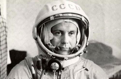 Перший український космонавт – Павло Попович