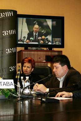 Всеукраїнська селекторна відеонарада кандидата в Президенти України Арсенія Яценюка
