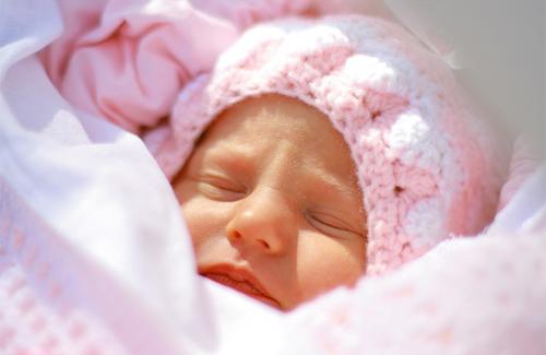 Родители «новогодних детей» получат тысячу на ребенка