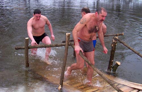 Вчора жителі Нових Санжар купалися у Ворсклі