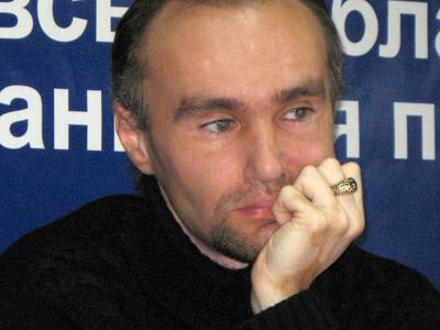 Роман Бікєєв, «Траснформер»