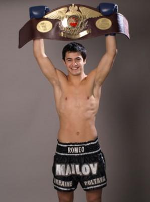 Роман Маилов — чемпион мира по кикбоксингу