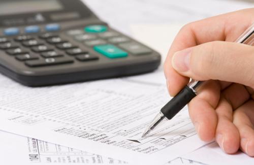 У період звітності податкова обслуговуватиме довше і у вихідні