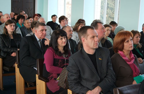 Новосанжарських підприємців просили не сприймати Пенсійний фонд, як ворога