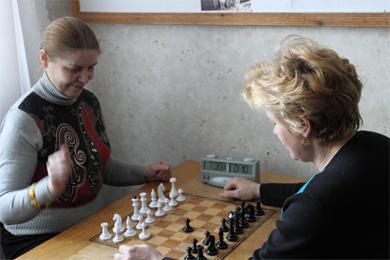 Орел Тетяна (зліва) перемогла у вирішальній зустрічі Антонову Тетяну і стала чемпіонкою