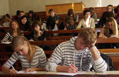Петро Ворона за збільшення навантаження в начальних закладах