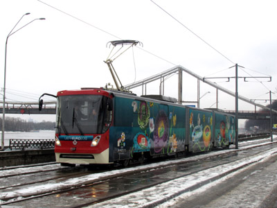 Трамвайний вагон К1М8