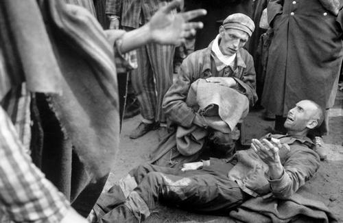 11 квітня — Міжнародний день визволення в`язнів фашистських концтаборів
