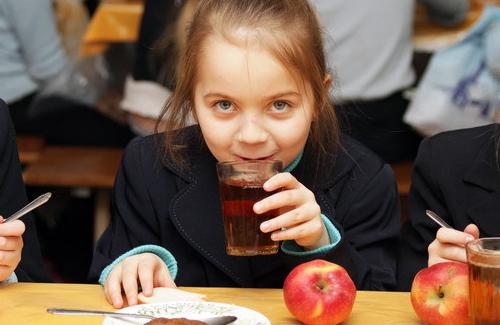 Обласна влада змінила вимоги до постачальників дитячого харчування