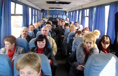Учасники поїздки до Нових Санжар