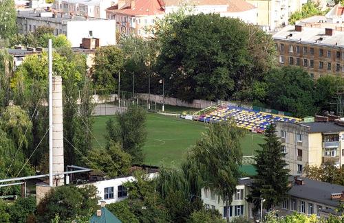 Стадіон «Локомотив» в Полтаві