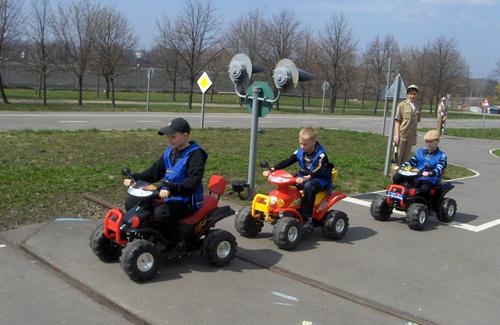 У Кременчуці діти безкоштовно кататимуться на електромобілях