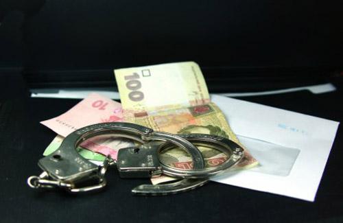 Міліціонер-хабарник сяде у в'язницю на 5 років