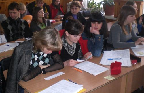 У Полтаві навчали меценатству та журналістиці
