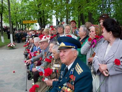 Ветераны на митинге-реквиеме