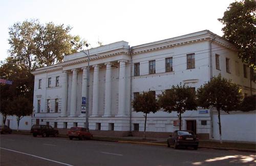 Будинок Полтавської облпрофспілки за адресою Жовтнева, 37