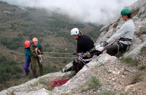 Полтавские альпинисты спасли человека в горах Крыма