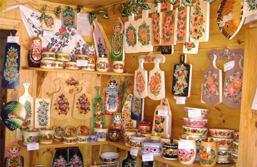Сувенірний цех Миргородського лісгоспу виготовляє більше 40 видів декоративних виробів