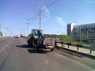 Ремонт дорожного покриття на Супрунівському шляхопроводі