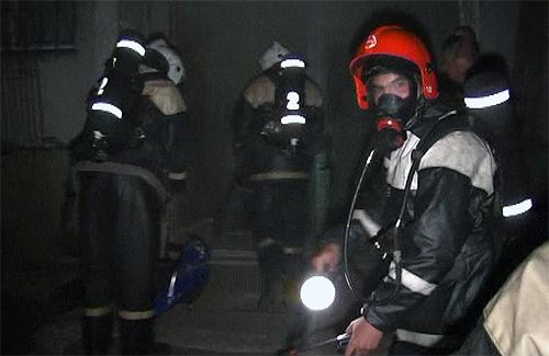 В Полтаве из горящего дома эвакуировали более 30 человек