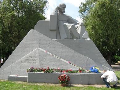 Перепоховання Шевченка: у Полтаві вшановують пам'ять Кобзаря