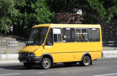 Процесс подорожания проезда в кременчугских маршрутных такси продолжается