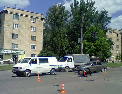 В Полтаве скутер разбился «всмятку»