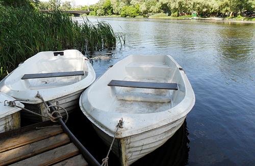 На полтавских пунктах проката лодок бывают и знаменитости, и чиновники, и дети