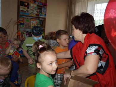 Сьогодні дітям Полтави дарували посмішки