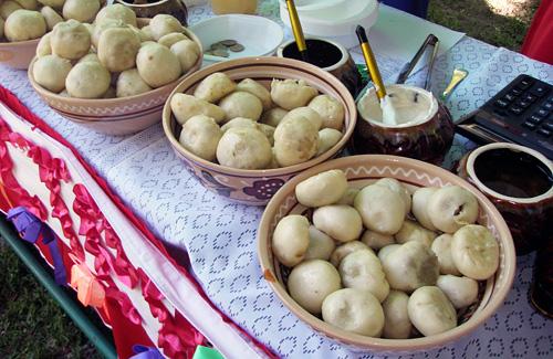 Отакі смачні галушки готують переможці кулінарного конкурсу «Полтавська битва — битва кухарів»