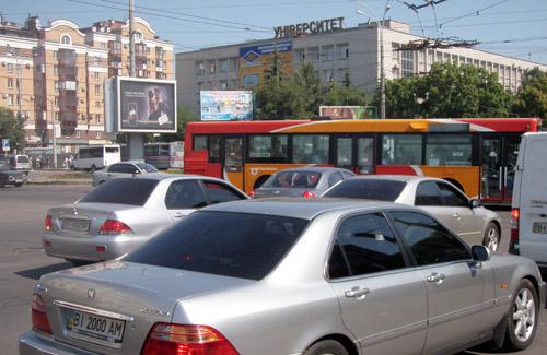 На великому перехресті в Полтаві не працювали світлофори