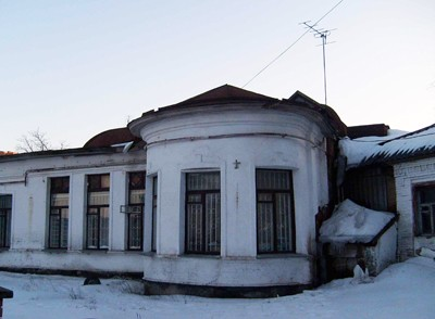 Двір теперішнього офісу Партії Регіонів у 1941 був прихистком для німецьких розвідників