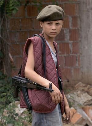 Дитина-солдат під час Югославського конфлікту