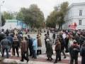 """Недовольные коммунальными тарифами вновь заблокировали уличное движение на """"треугольнике жизни"""" у полтавськой мэрии"""