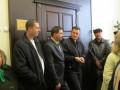 Люди в штатском стали на защиту кабинета полтавского мэра