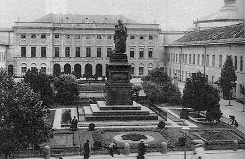 Памятник Паскевичу в Варшаве