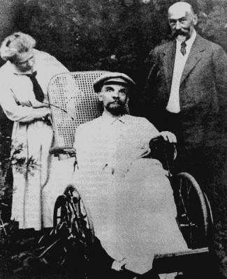 Ленін під час хвороби. 1923 р.