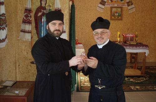 Отці Максим Кролевський і Лукаш Майдан