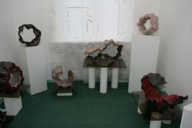 Фрагмент експозиції мистецького проекту Юрія Мусатова «Хмароутворення»