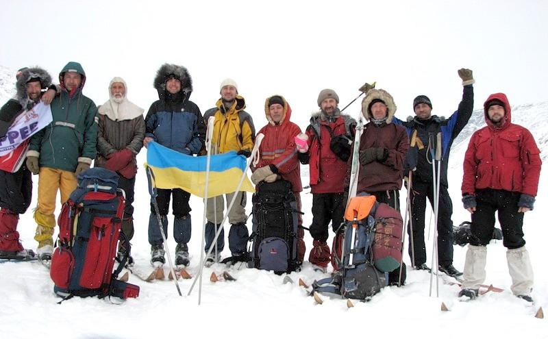 На одному з перевалів в гірсько-лижному поході.
